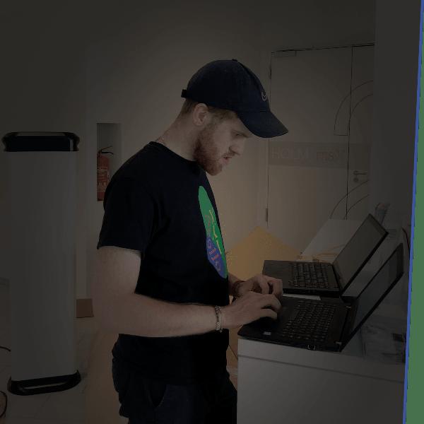 Monatlich oder quartalsweise versendet das System automatisch die Abrechnungen über den geladenen Strom. Ohne Mehraufwand liefern Sie so der Buchhaltung alle nötigen Informationen.